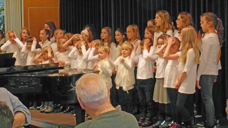 Der Calypso-Chor sang mit grosser Freude.