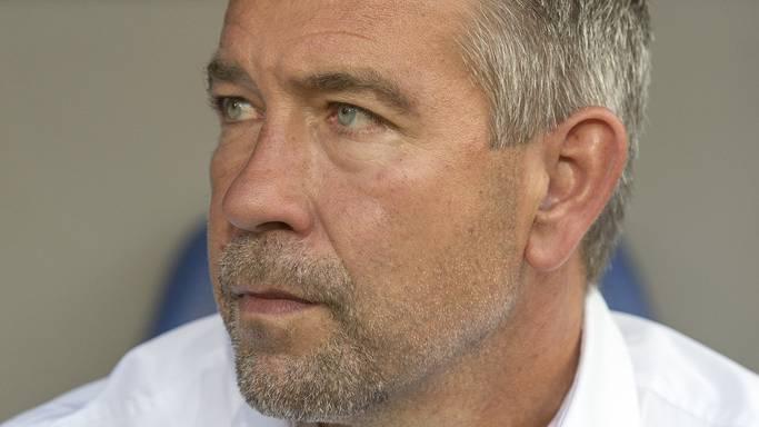 FCB-Trainer Urs Fischer während des Rückspiels gegen Lech Posen