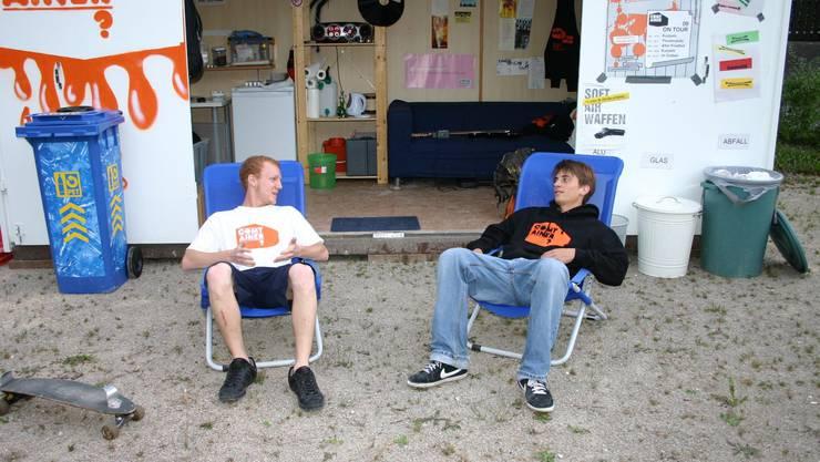 Sven Egloff und Raphael Wernli sind mit viel Engagement und Herzblut beim Projekt «Comtainer» dabei.