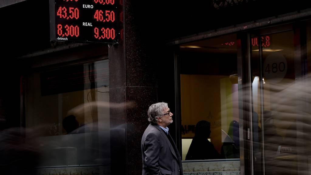 Ratingagenturen stufen Argentiniens Kreditwürdigkeit herab