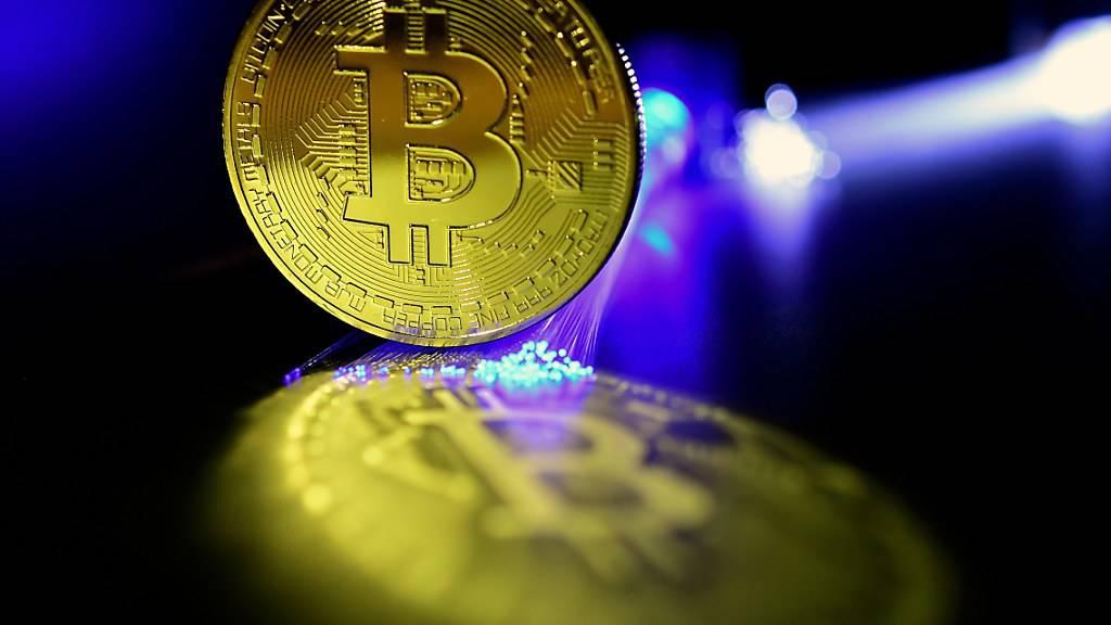 Die Kryptowährung Bitcoin hat in den letzten sieben Tagen gut ein Fünftel an Wert eingebüsst. (Themenbild)