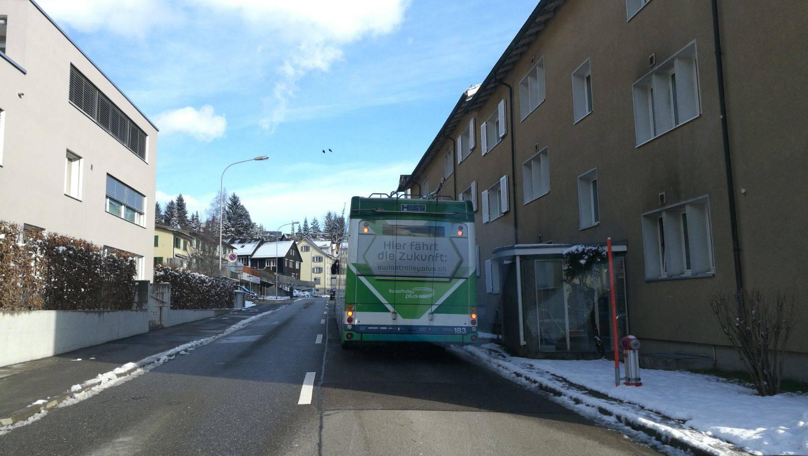 Auf der Strecke St.Georgen kam der batteriebetriebene Bus zum Einsatz. Bild: zVg