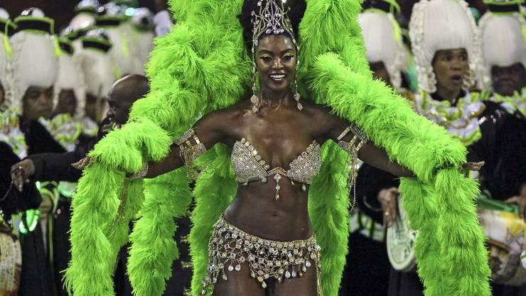 Die Samba-Schulen arbeiten das ganze Jahr auf den Karneval in Rio hin.