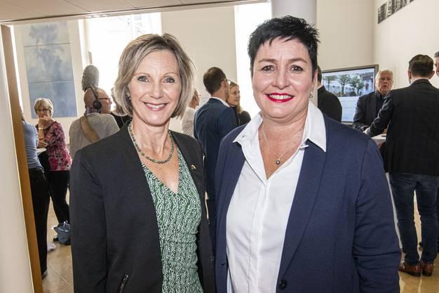Daniela Schneeberger mit Maya Graf.