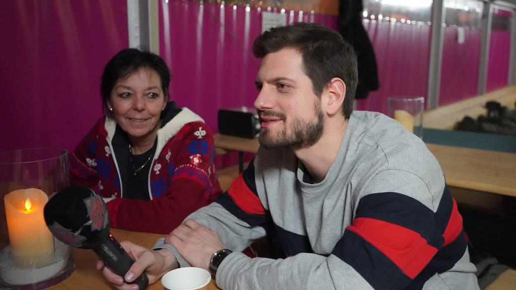 Obdachlos - ein Jahr danach: Dominik Widmer zurück im «Pfuusbus»