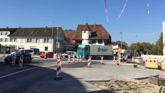 Der Kreisel beim Knoten Kreuz in Suhr kurz vor Fertigstellung und Freigabe Mitte Oktober 2018.