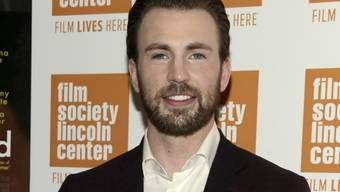 """""""Captain America""""-Darsteller Chris Evans empfindet seine Vorbildrolle manchmal als Last, denn oft fühlt er sich selber noch wie ein Zwölfjähriger. (Archivbild)"""