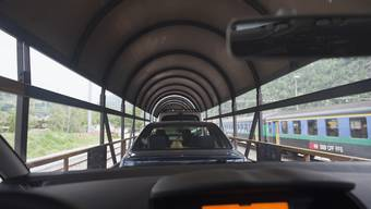 Scheitert die zweite Röhre, gehen die Autos auf die Schiene. (Symbolbild)