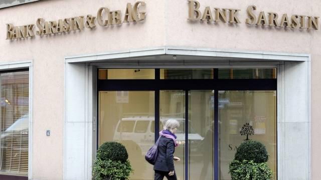 Ein Mitarbeiter der Bank Sarasin gab vertrauliche Daten weiter (Symbolbild)