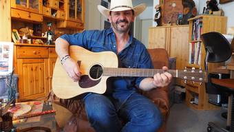 «Ich trete nie ohne Hut auf»: Country-Musiker Rolf Fritschi träumt von einer zweiten CD, die er wiederum in Nashville aufnehmen will.
