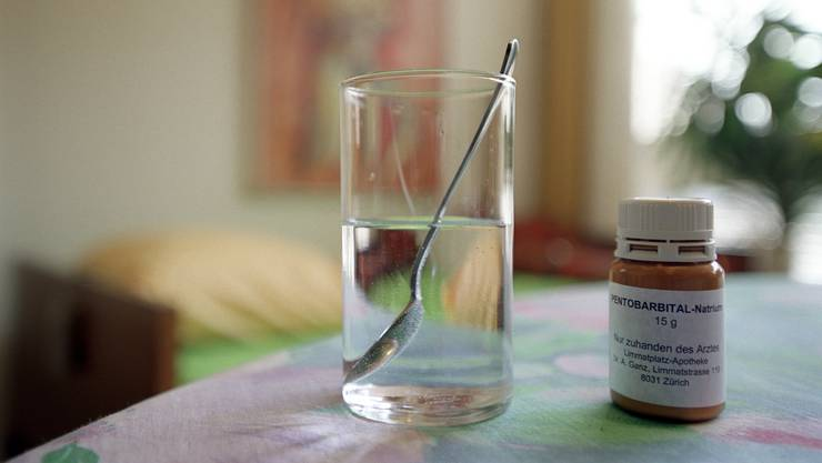 Wer ist in der Lage, selber zu entscheiden, eine tödliche Dosis Natrium-Pentobarbital einzunehmen? Diese Frage muss das Baselbieter Strafgericht klären.