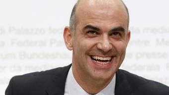 Alain Berset unmittelbar nach der Wahl zum Bundesrat