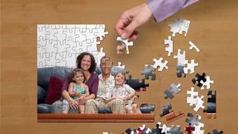 Zusammengewürfelte Familien müssen viele Schwierigkeiten meistern, um das neue Puzzle zusammenzubringen.