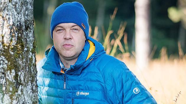 6. Fleece Mütze (in allen Länder immer dabei, hält einem auch vor Sonnenaufgang warm) und meine Lieblings-Softshell-Jacke
