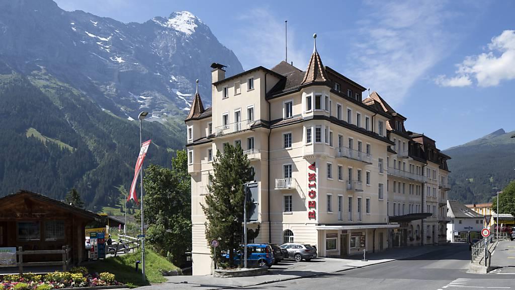 Die Schweizer Hotels haben im August von mehr inländischen Gästen profitiert. (Archivbild)