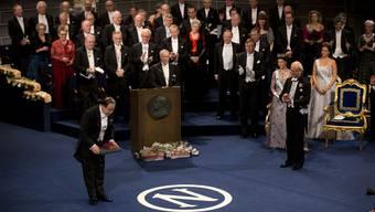 Mo Yan empfängt 2012 den Literatur-Nobelpreis.