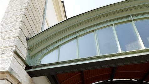 Corpus Delicti: An diesem Dach war früher ein Vordach montiert. Kenneth Nars