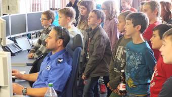 Zukunftstag bei der Kapo: Kinder schauen Polizisten über die Schulter