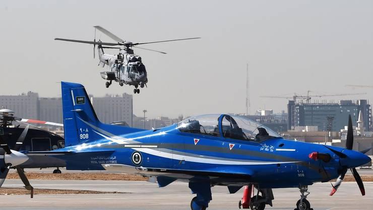 2012 kaufte Saudi-Arabien Pilatus 55 Trainingsflugzeuge ab. 2017 unterzeichneten die beiden Seiten einen Supportvertrag.