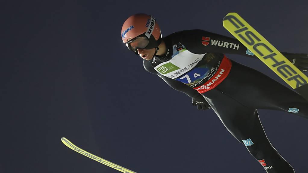 Am vergangenen Wochenende durfte er noch durch die Luft fliegen: der Deutsche Karl Geiger