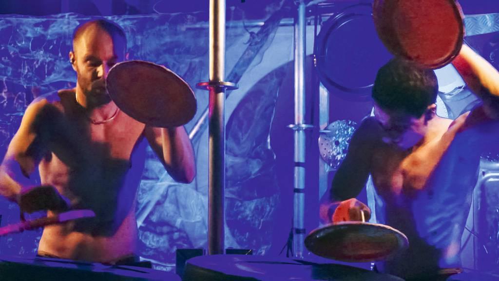 Bubble Beatz - Kay Rauber und Christian Gschwend verwandeln Lärm in Rhythmus um.