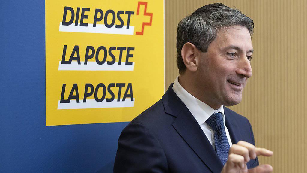 Der neue Post-CEO Roberto Cirillo während seiner ersten Medienkonferenz im April. Auf ihn warten grosse Herausforderungen. (Archivbild)