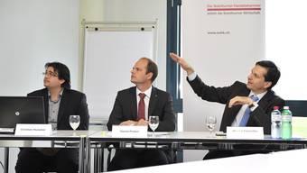 Forderungen der Wirtschaft (v.l.): Christian Hunziker (stv. Direktor und wissenschaftlicher Mitarbeiter der Solothurner Handelskammer), Daniel Probst (Direktor der Solothurner Handelskammer) und Jérôme Cosandey, Projektleiter Pensionskassen bei Avenir Suisse.