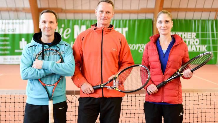 Die Tennisschule Baumann & Locher (TSBL) mit Michel Baumann, Marcel Locher und Sabrina Güntert bietet kostenlose Schnuppertrainings am «Tag der offenen Türe» beim Tennisclub Rheinfelden.