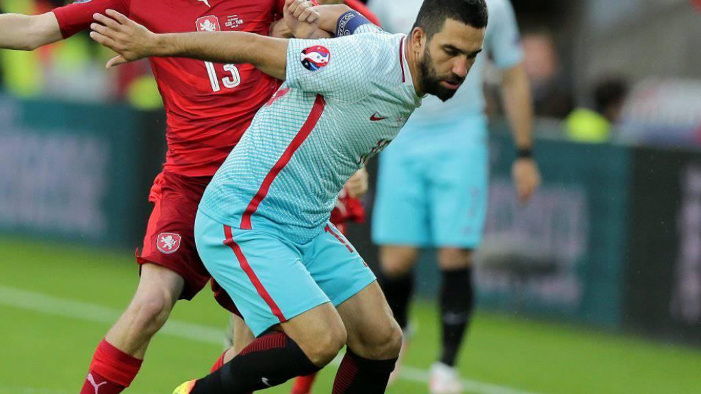 Arda Turan ist wieder bereit, für die türkische Nationalmannschaft zu spielen