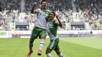 Scheitert der Transfer zum FCB? Mit Albian Ajeti (l.) soll in St. Gallen ein fetter Gewinn erwirtschaftet werden.