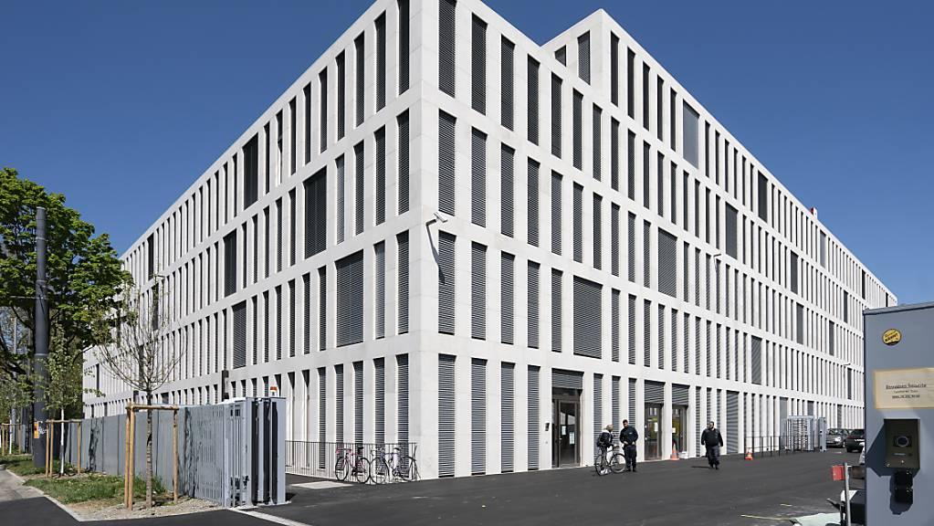 Der neue Bundesanwalt oder die neue Bundesanwältin wird dereinst im neuen Verwaltungsgebäude am Berner Guisanplatz den Arbeitsplatz beziehen. (Archivbild)