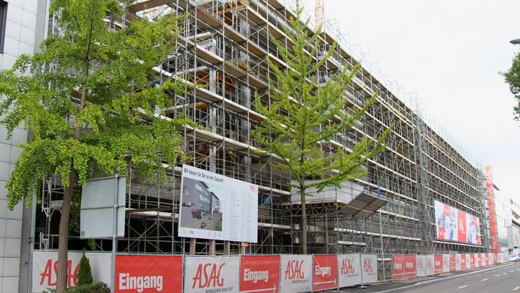 Die neue Asag am Dreispitz hat beachtliche Ausmasse.