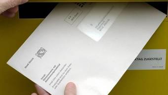 Heute ist die letzte Möglichkeit, das Wahlcouvert per B-Post einzuschicken. (Symbolbild)
