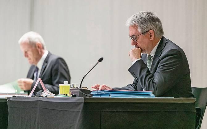 Auch Verkehrsdirektor Stephan Attiger und Bildungsdirektor Alex Hürzeler werden Fragen gestellt. (von links).