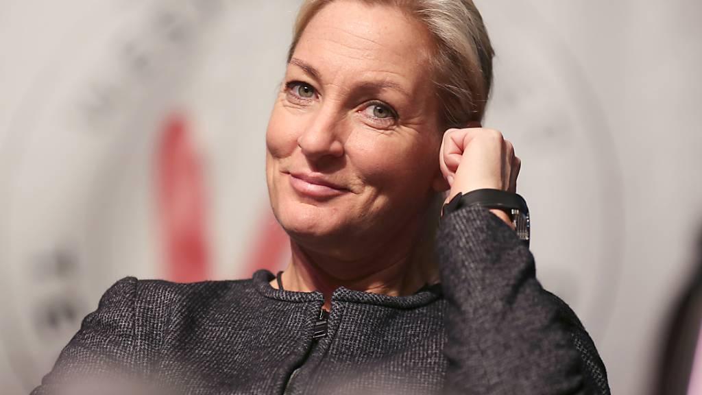 Chefin des deutschen Frauentennis unterstützt Federer