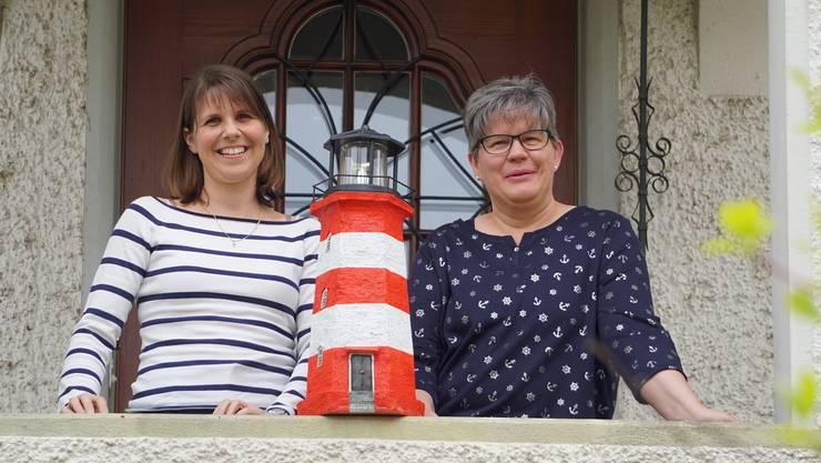 Eva Wegmüller (links) und Christa Niederöst haben das Projekt «Leuchtturm-Insel» gemeinsam erarbeitet.