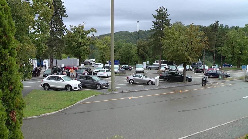 Nur wenige SUV-Fahrer kennen das Überholspur-Verbot