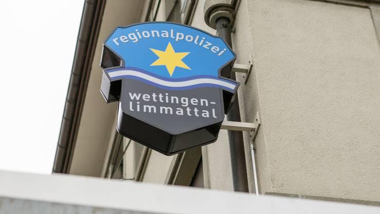 Nach den Vorwürfen an die Führung der Regionalpolizei reagieren die Parteien unterschiedlich. (Archiv)