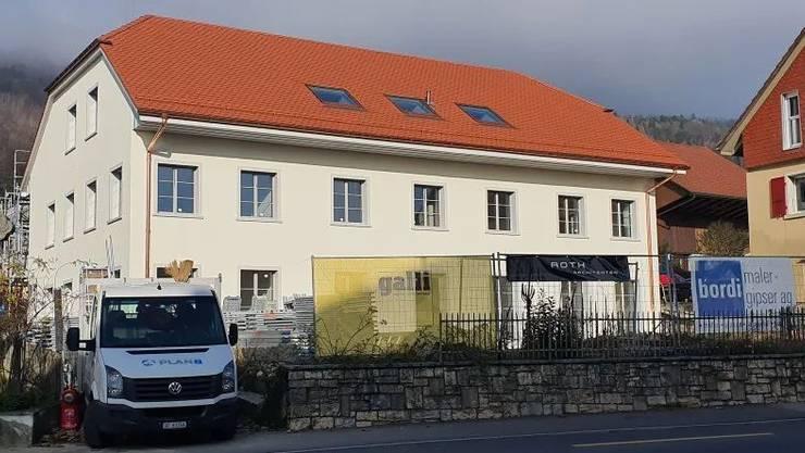 Bald ist der Neubau, der ähnlich aussieht wie das frühere Haus an gleicher Stelle, wieder bewohnt.