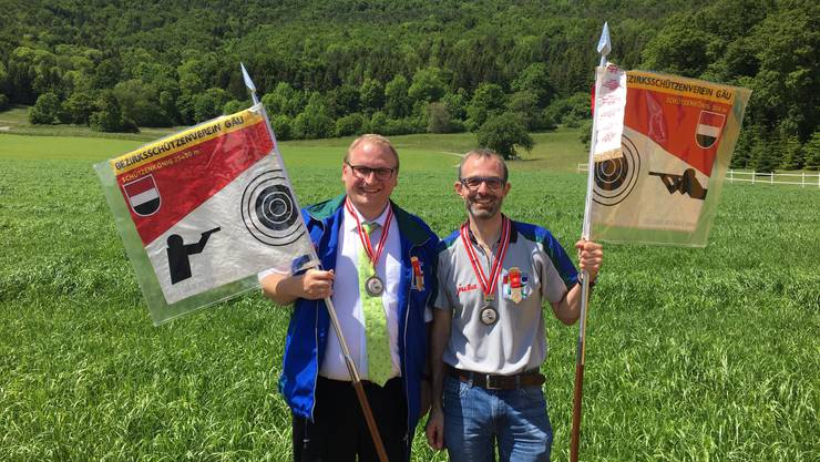 (links) Andreas Kissling (Pistole) und René Bürgi (Gewehr) - Foto: Roland Kissling