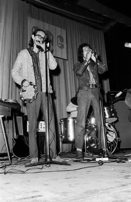 Walty Anselmo (links) bei einem Auftritt vor mehr als 50 Jahren.