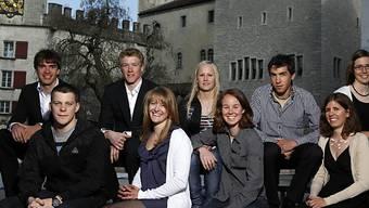 Reto Schmidiger und Fanny Smith (Mitte) sind die Preisträger.
