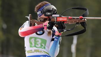Zu wenig genau: Lena Häcki verliert im Stehendschiessen das Ziel vom Top-Ten-Platz aus den Augen