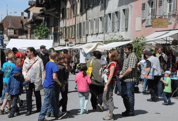 Das schöne Wetter lockte viel Besucher an den Maimarkt