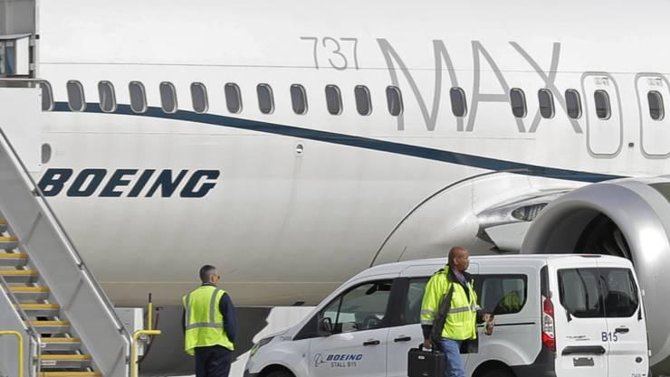 US-Behörden sollen das sogenannte MCAS-System der Boeing 737-Max-Reihe bereits im Jahr 2018 für Fehlfunktionen in Cockpits verantwortlich gemacht haben. (Archivbild)