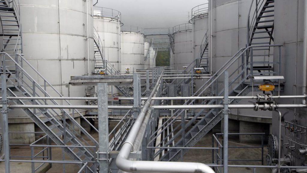 Die Eidgenössische Alkoholverwaltung lagert Ethanol auf einem Gelände im Kanton Luzern. Das Parlament hat entschieden, das Monopol des Bundes auf Ethanol aufzuheben. (Archivbild)