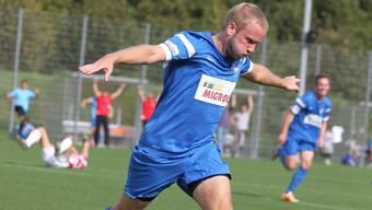 FC oetwil-Geroldswil-Spieler Mike Wettstein will am Sonntag mit seinem Team den FC Birmensdorf auf Distanz halten.