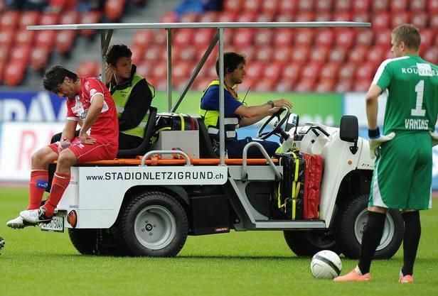 Das tut weh: Gattuso holt sich beim ersten Einsatz für Sion auf dem Letzigrund eine Zerrung.