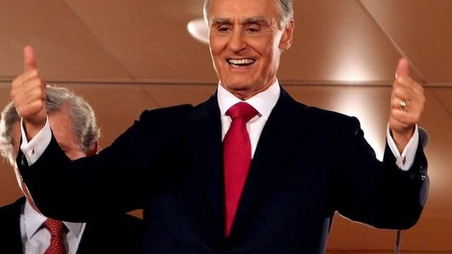 Daumen hoch: Silva bleibt Staatschef von Portugal