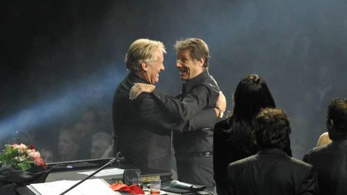 """Jahrzehntelang standen sie gemeinsam auf der Bühne: Udo Jürgens (r) und Pepe Lienhard (l). Jetzt hilft Lienhard den Thunerseespielen bei der Neuinszenierung des Musicals """"Ich war noch niemals in New York""""."""